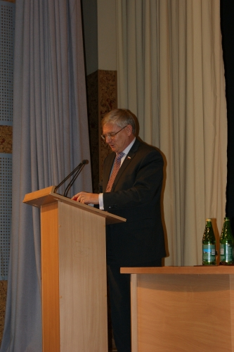 Выступление Шудегова В.Е. - заместителя председателя комитета по образованию ГД РФ.